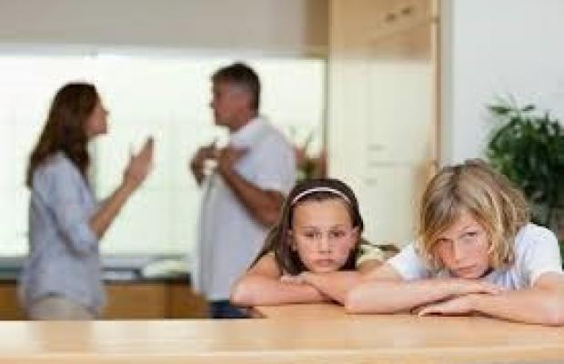 Lorsqu'un parent se désintersse de ses enfants.