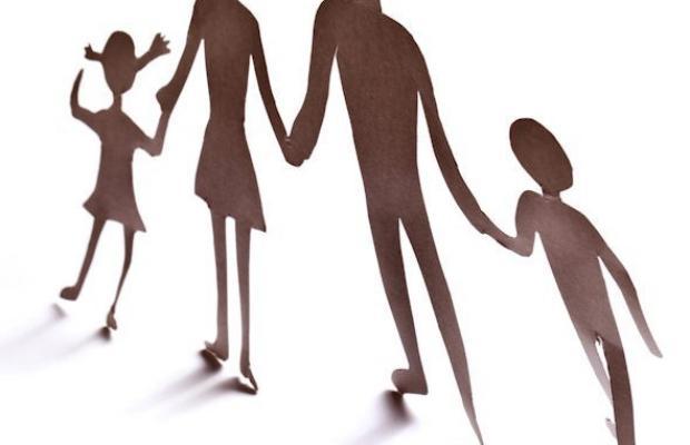 Résidence alternée: la pension alimentaire versée par un des parents n'est pas déductible de son impôt